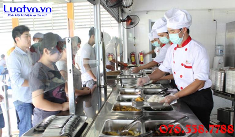 Đảm bảo an toàn thực phẩm trong bếp ăn tập thể
