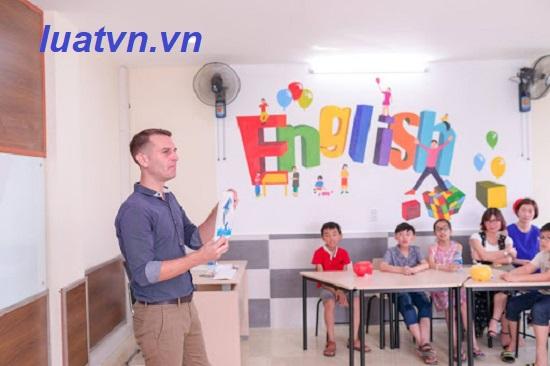 trung tâm ngoại ngữ cần bao nhiêu giáo viên