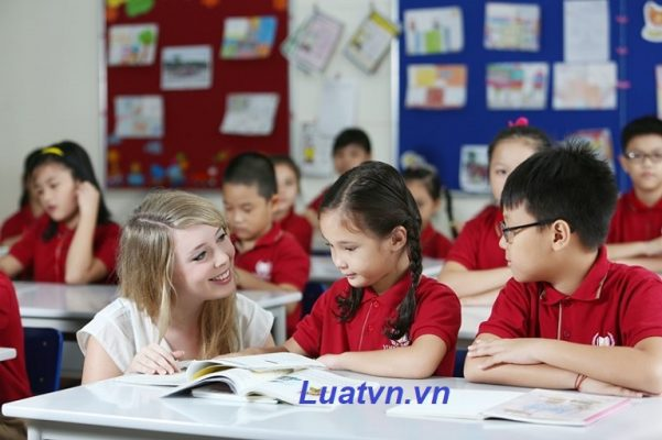 Thủ tục thay đổi giám đốc trung tâm ngoại ngữ