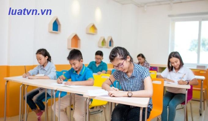 Đình chỉ hoạt động của trung tâm ngoại ngữ, tin học